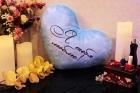 Светящаяся подушка в форме сердца