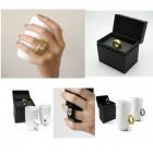 Чашка с ручкой в форме кольца с бриллиантом